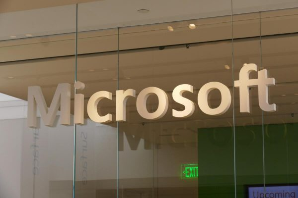 Microsoft lets SMB workers share Office on a single PC with expanded M365 Business rights | Computerworld