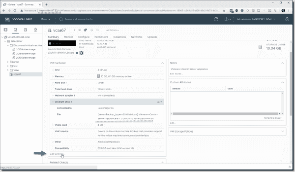 Connect the update ISO to the VCSA virtual machine